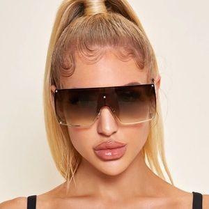 ⭐️ Flat Top Shield Fashion Glasses ⭐️